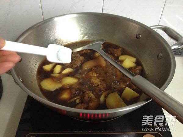 香烤土豆猪蹄怎么炒