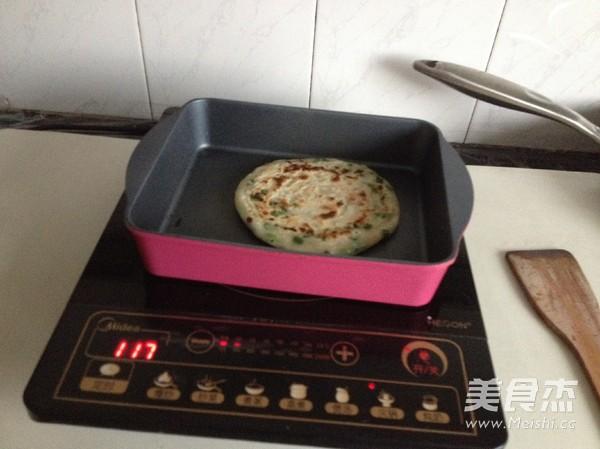 烫面葱油饼怎么煮