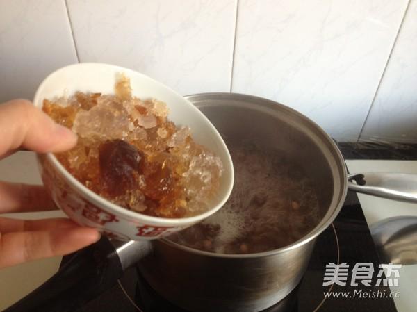 桃胶薏米红豆羹怎么吃