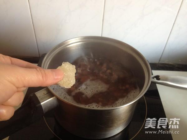 桃胶薏米红豆羹怎么做
