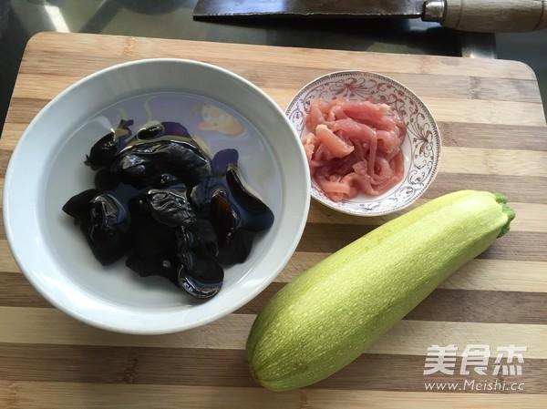 小炒西葫芦肉丝的做法大全