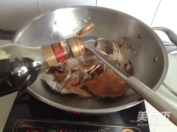 四川香辣蟹怎么吃