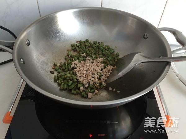 肉末豇豆拌面怎么炒