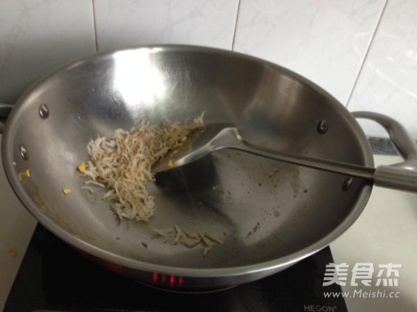 萝卜干虾皮炒鸡蛋的简单做法