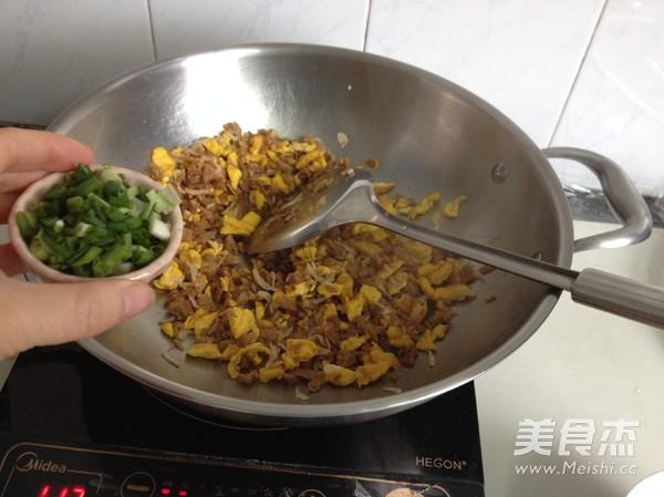 萝卜干虾皮炒鸡蛋怎么炒