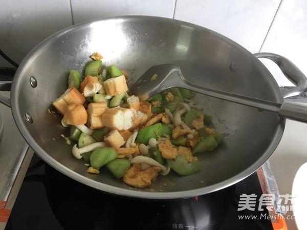 丝瓜鸡蛋炒油条怎么炒