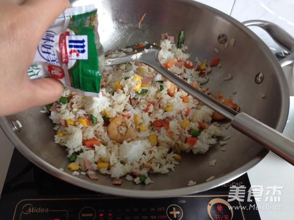 虾仁培根焗饭怎么做