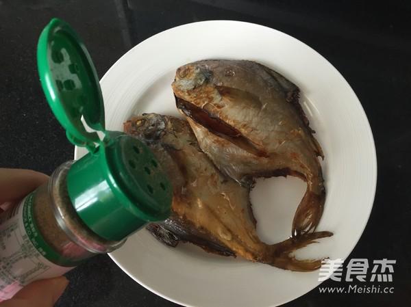 椒盐鲳鱼怎么炒