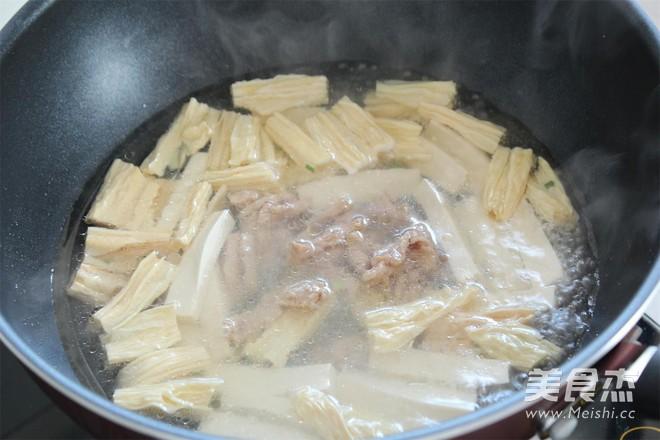 腐竹豆腐汤怎么做