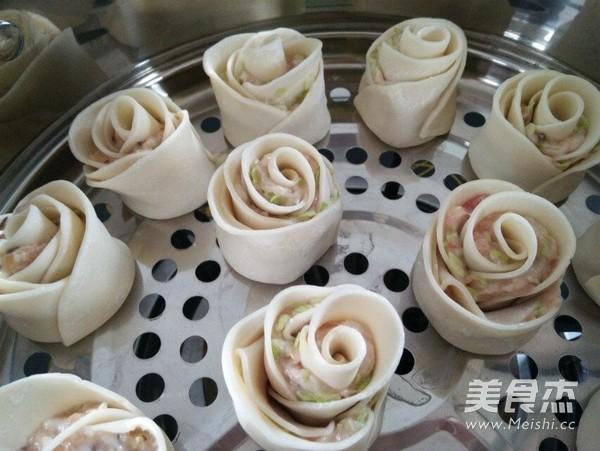 玫瑰花形饺子怎样做