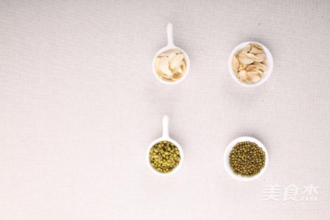 绿豆百合菊花粥的家常做法