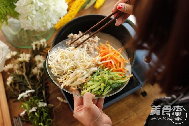 铸铁锅版石锅拌饭的简单做法