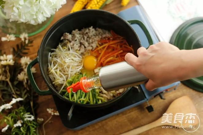 铸铁锅版石锅拌饭怎么吃