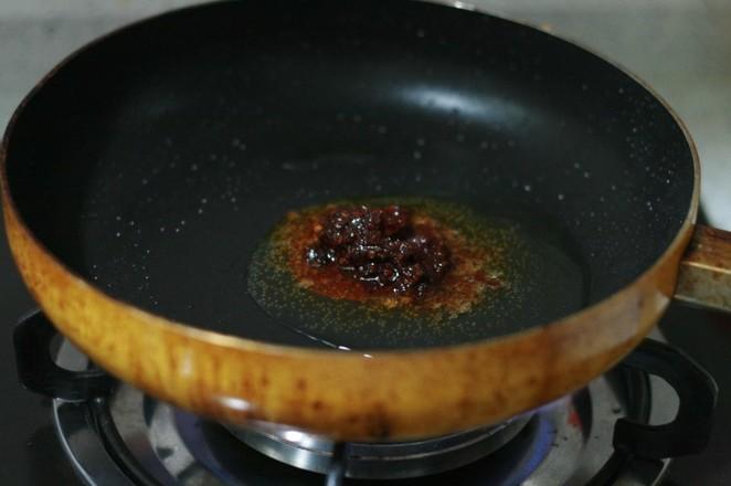 芹菜炒牛肉的简单做法