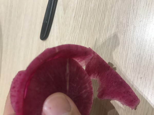 教大家雕刻萝卜花(直瓣月季花)怎么炖