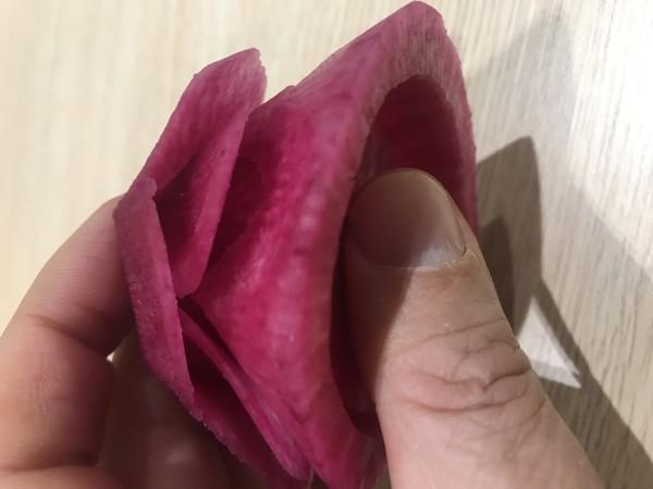 教大家雕刻萝卜花(直瓣月季花)的制作