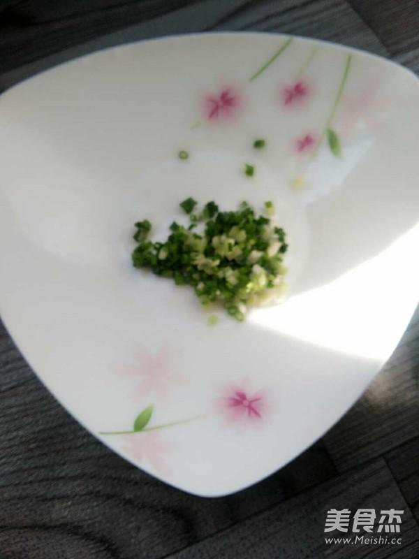 白菜炒面的简单做法