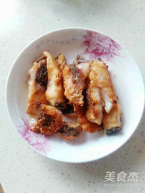 青椒烧鲢鱼怎么吃