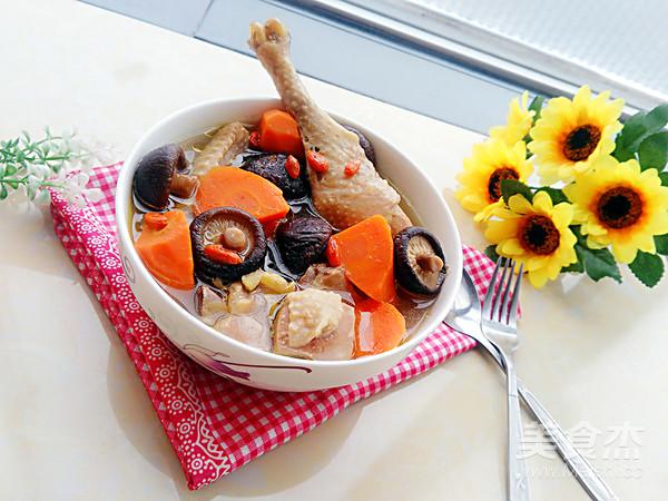 胡萝卜香菇炖鸡汤怎么炖
