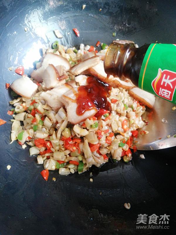 酸四季豆炒腊肉怎样做
