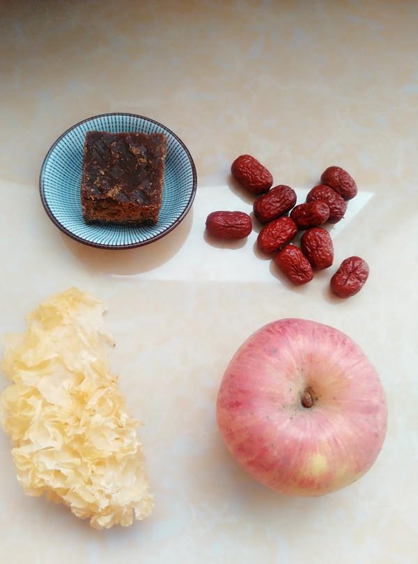 红枣苹果银耳羹的做法大全