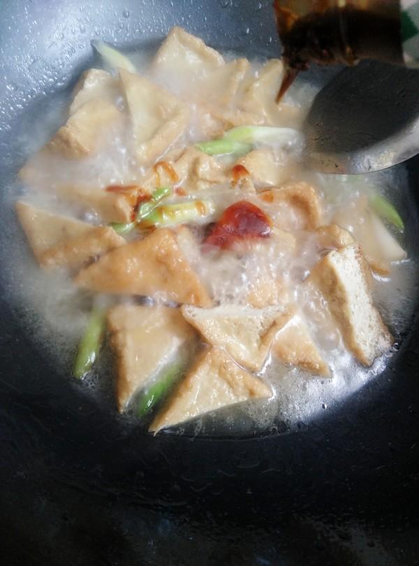 青蒜烧油豆腐怎么炒