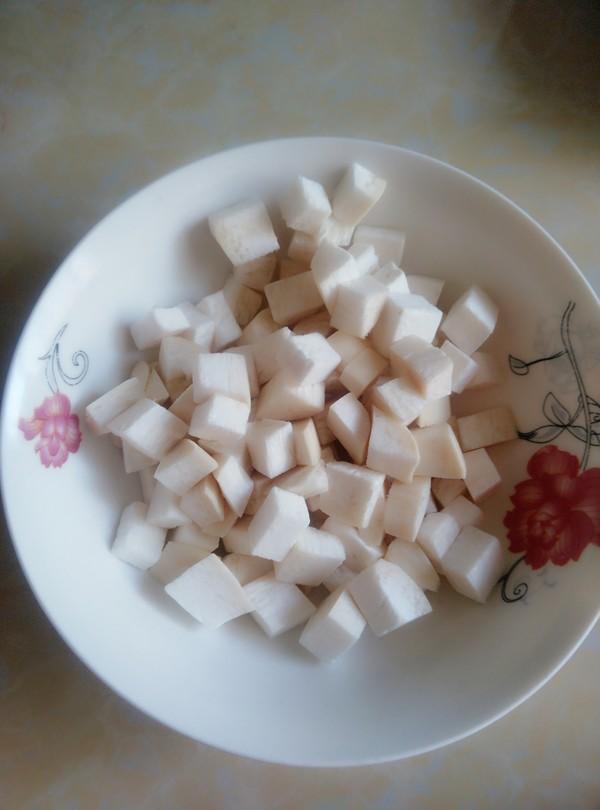 豌豆杏鲍菇炒肉丁的家常做法