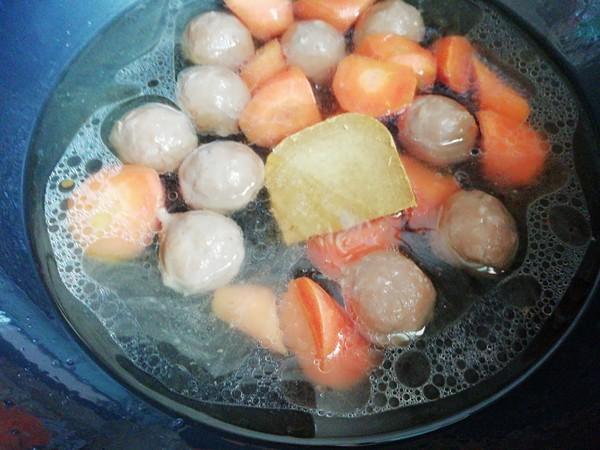 丸子咖喱饭的家常做法