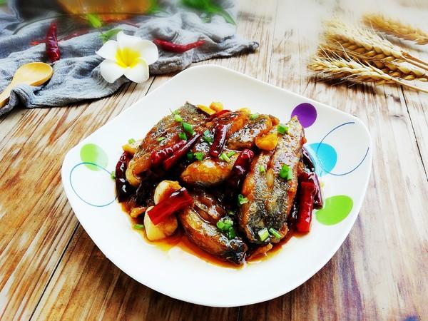 红烧带鱼成品图