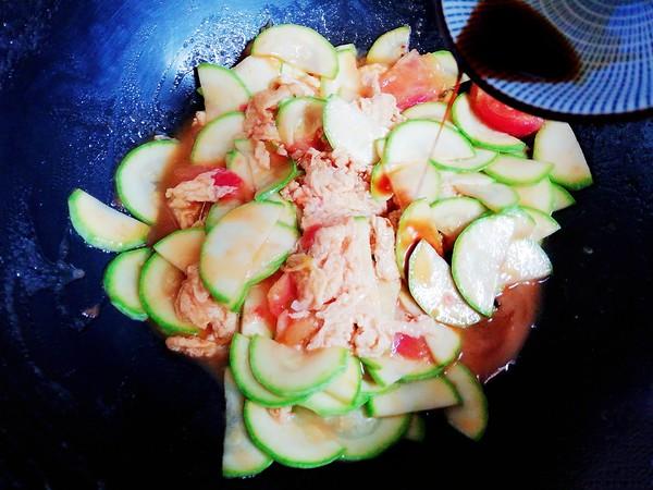 西葫芦番茄炒蛋怎么炒