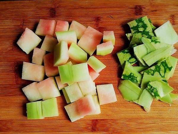 西瓜皮绿豆汤的家常做法