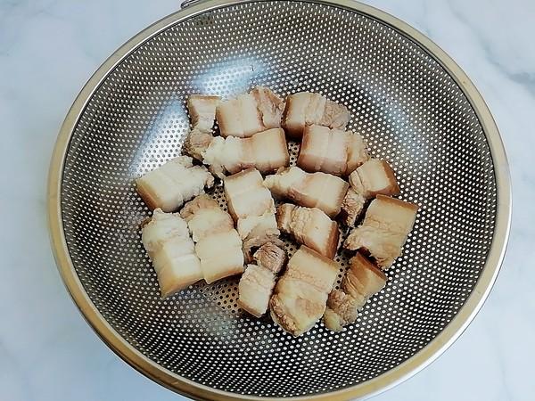 鹌鹑蛋红烧肉的步骤