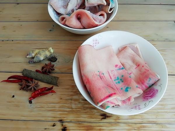 青椒炒猪皮的做法大全