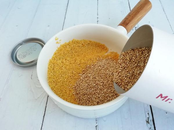 藜麦南瓜小米粥的步骤