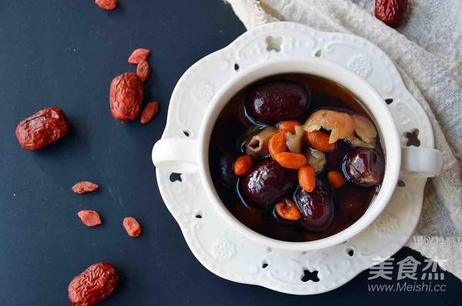 桂圆红枣糖水成品图