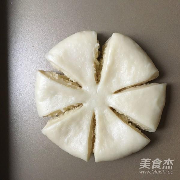 椰蓉花朵面包怎样做