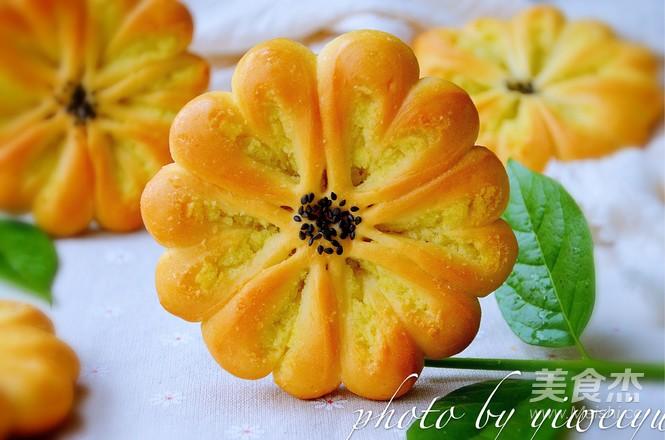椰蓉花朵面包的制作方法