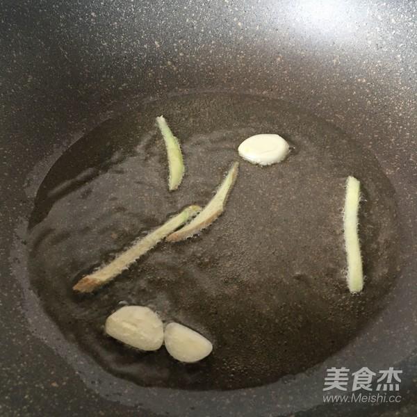 下饭菜香菇榨菜肉丝怎么吃