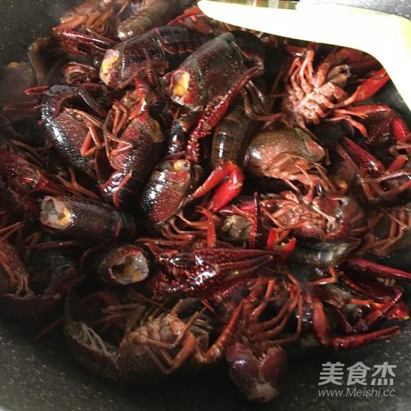 干锅小龙虾怎么煸