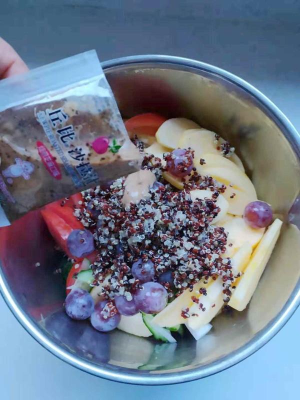 三色藜麦果蔬沙拉怎么炒