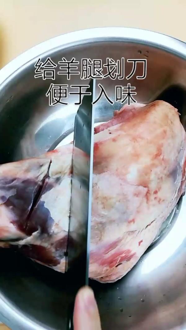 碳火烤羊腿-这么烤骨头都得啃干净的做法大全