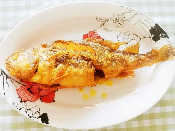 香酥黄花鱼-上桌就抢光的家常做法