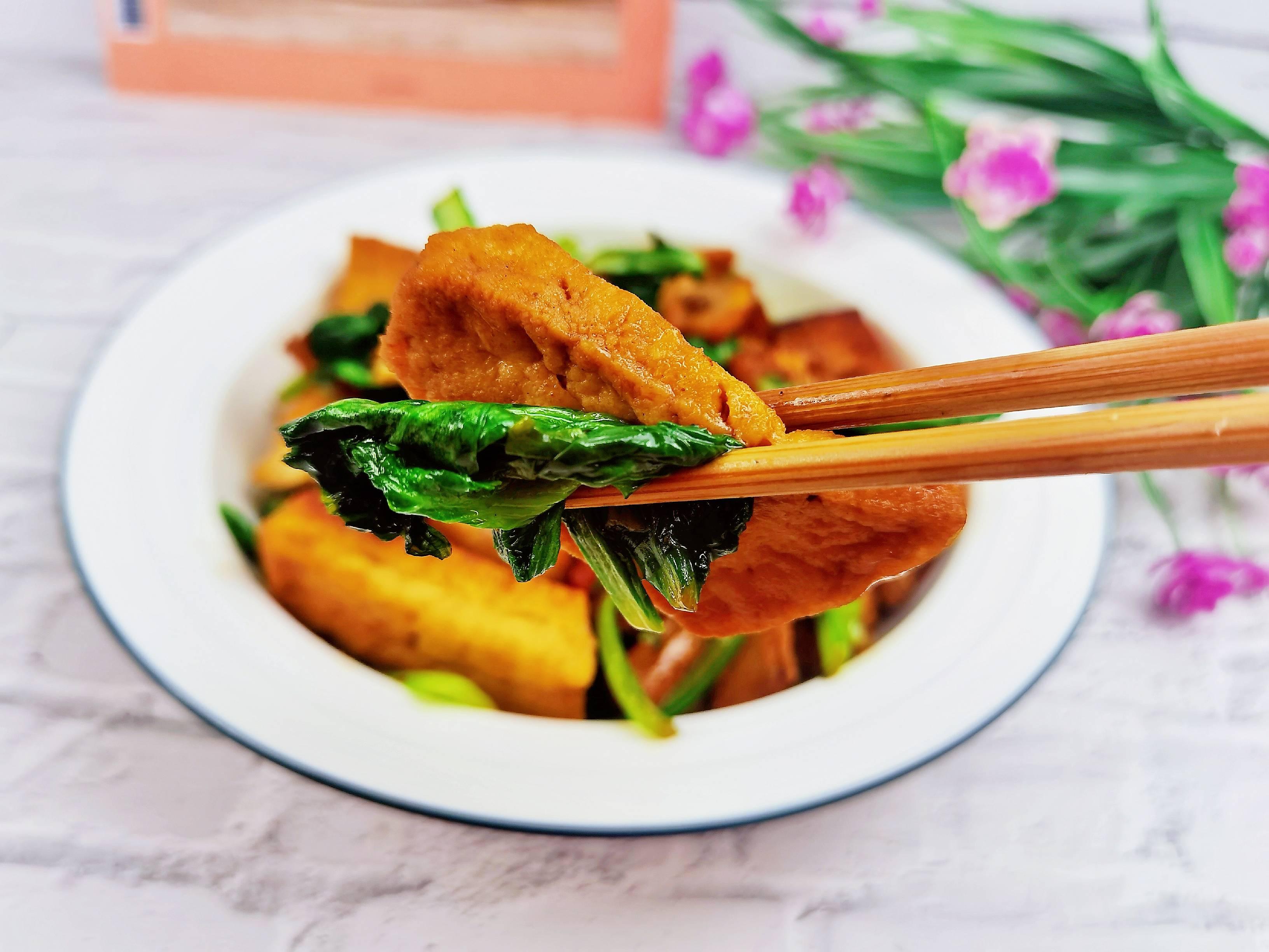 简单粗暴下饭菜-小白菜炒豆腐,白菜豆腐保平安怎么煸