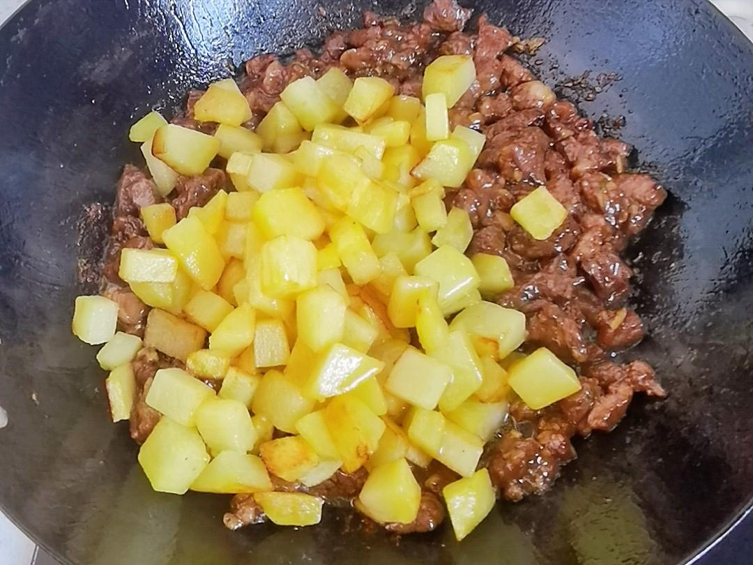 轻松年夜饭-孜然土豆牛肉,烧烤味解馋下酒又下饭怎么煮
