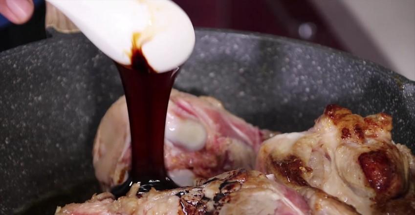 红烧猪排骨怎么吃
