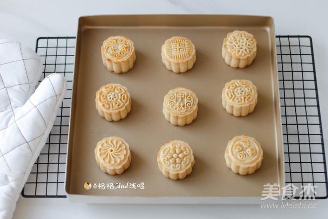 广式莲蓉蛋黄月饼怎样炖
