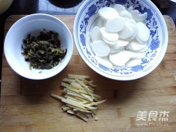 雪菜冬笋年糕汤的做法图解