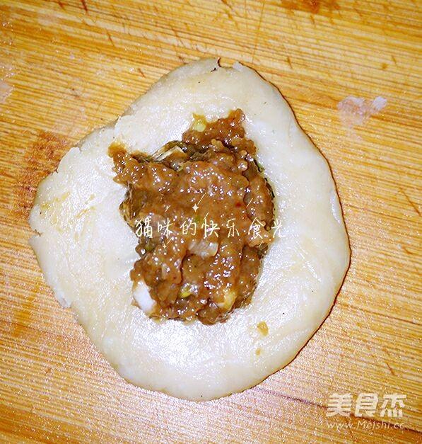 苏式鸡肉榨菜月饼的制作