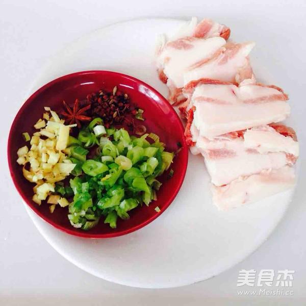 五花肉干锅土豆片的做法图解