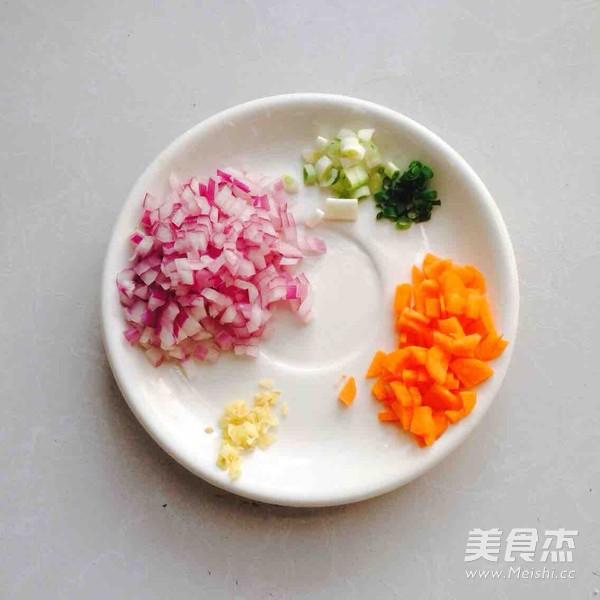 海虾炒饭怎么吃